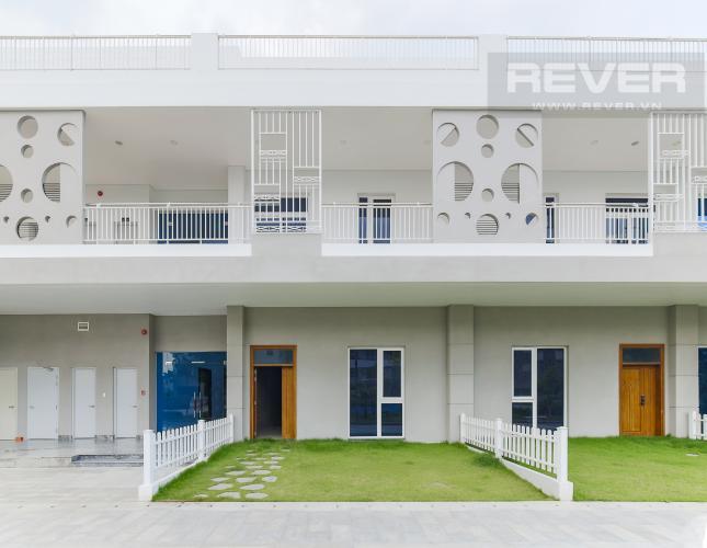 Mặt sau - Nội Khu Cho thuê căn hộ Thủ Thiêm Lakeview, diện tích 100m2, hướng Đông Nam đón gió