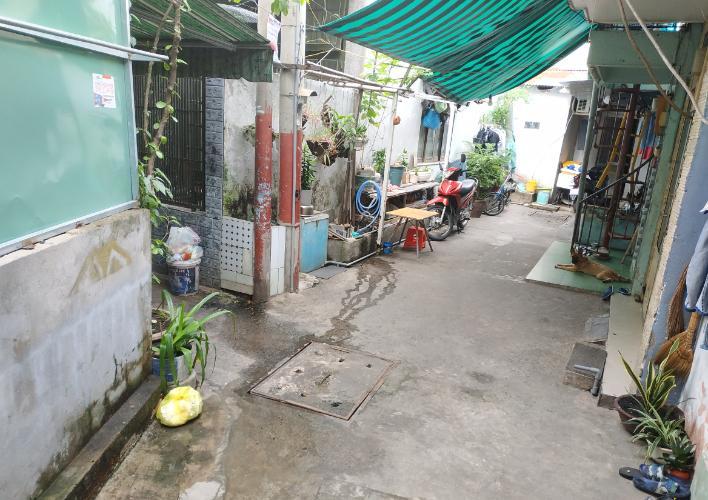 Nhà phố hẻm đường Huỳnh Tấn Phát quận 7 Nhà phố hẻm đường Huỳnh Tấn Phát diện tích 3m x5m, nội thất cơ bản