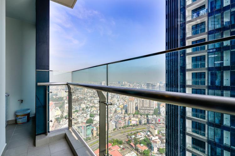 View Balcony Căn hộ Vinhomes Golden River tầng cao, 2PN, bàn giao đầy đủ nội thất