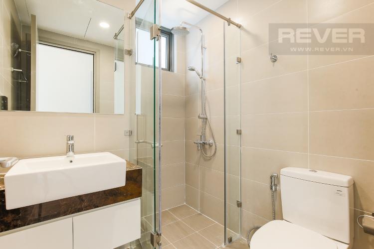 Phòng Tắm 1 Căn hộ The Gold View 2 phòng ngủ tầng cao tháp B nhà trống