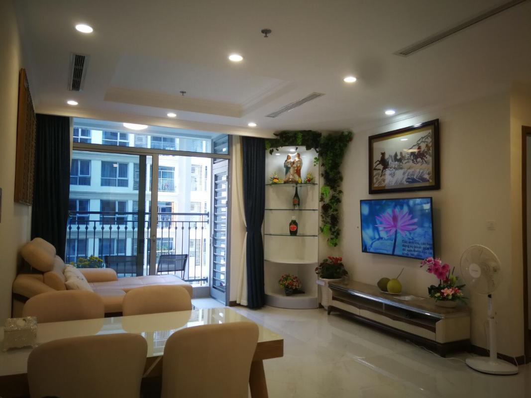 d61a5da85ffba6a5ffea Cho thuê căn hộ Vinhomes Central Park 2PN, tháp Landmark 5, đầy đủ nội thất, hướng ban công Đông Bắc