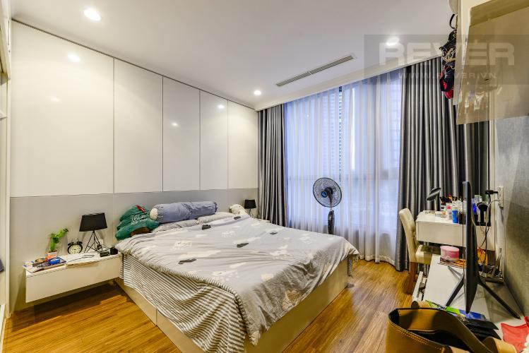 Phòng ngủ 1 Căn hộ Vinhomes Central Park 2 phòng ngủ tầng thấp L1 hướng Bắc