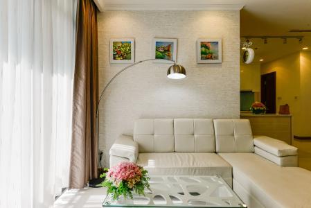 Cho thuê căn hộ Vinhomes Central Park tầng cao, 2PN, đầy đủ nội thất, có thể dọn vào ở ngay
