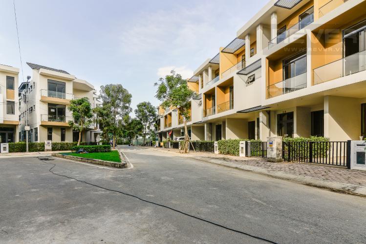 Đường Nội Bộ Nhà phố 3 phòng ngủ đường Võ Chí Công Quận 9 diện tích 125m2