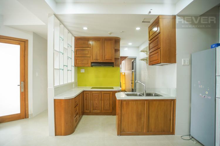 Bếp căn hộ SCENIC VALLEY Bán căn hộ Scenic Valley 2PN, diện tích 70m2, đầy đủ nội thất, view thoáng, sổ đỏ chính chủ