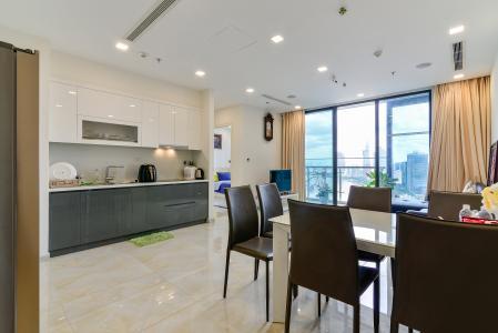 Bán căn hộ Vinhomes Golden River 2PN, tầng trung, tháp The Aqua 4, đầy đủ nội thất, view sông Sài Gòn