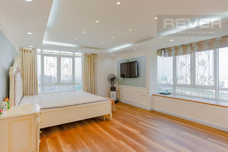 Phòng Ngủ 1 Duplex Phú Hoàng Anh 3 phòng ngủ view hồ bơi