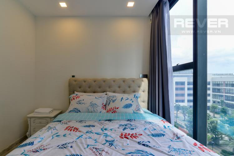 Phòng Ngủ 2 Cho thuê căn hộ Vinhomes Golden River 2PN, tầng thấp, tháp The Aqua 3, đầy đủ nội thất, view sông thoáng mát