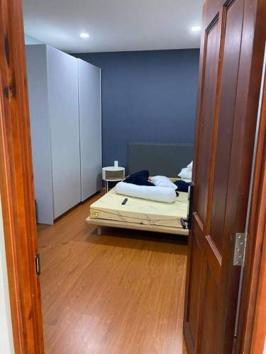 Phòng ngủ Orchid Park Căn hộ Orchid Park tầng trung, đầy đủ nội thất, view thành phố.