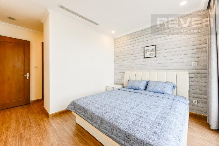 Phòng ngủ 1 Căn hộ Vinhomes Central Park tầng trung, tòa Landmark 6, 4 phòng ngủ, full nội thất