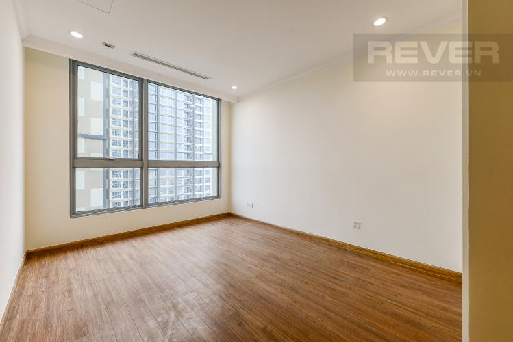 Phòng ngủ 1 Căn hộ Vinhomes Central Park 2 phòng ngủ tầng cao L4 không nội thất