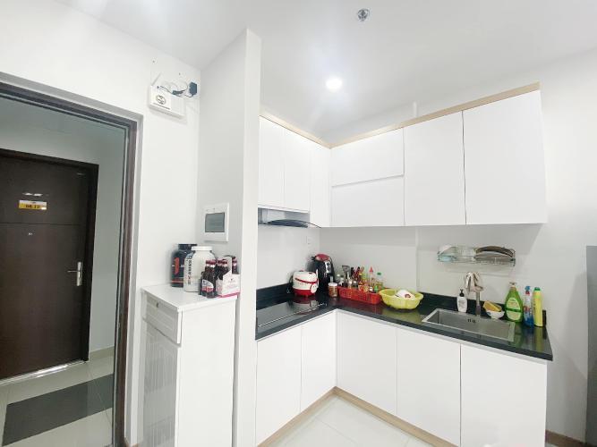 Căn hộ Bcons Suối Tiên tầng thấp, đầy đủ nội thất hiện đại.