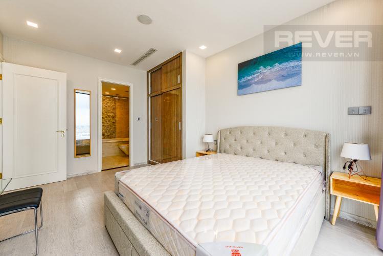Phòng ngủ 1 Căn hộ Vinhomes Golden River tầng trung, tháp Aqua 3, 3PN, full nội thất