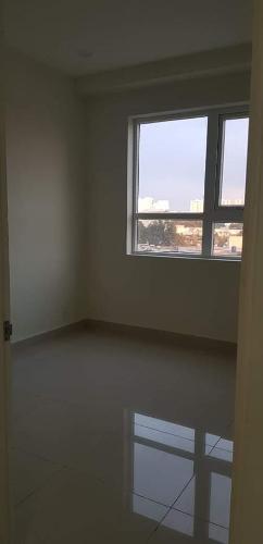 Bên trong căn hộ Topaz Elite Căn hộ tầng thấp Topaz Elite view thành phố, hướng Tây Bắc.