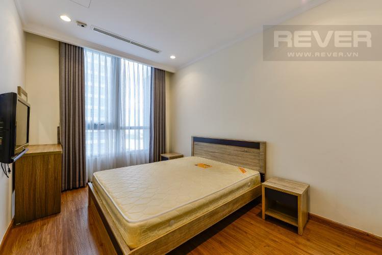 Phòng ngủ 2 Căn hộ Vinhomes Central Park tầng trung, 3 phòng ngủ, hướng Đông Bắc, view sông