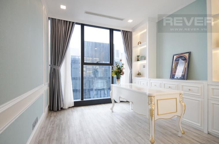 Phòng Làm Việc Cho thuê căn hộ Vinhomes Golden River 4PN, tầng cao, đầy đủ nội thất, view trực diện sông Sài Gòn
