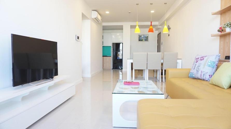Căn hộ Icon 56 tầng trung, nội thất hiện đại, view thoáng mát.