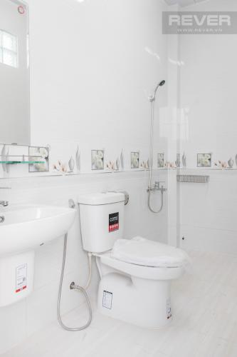 Phòng Tắm Bán nhà phố KDC Nam Long Quận 7, 8 phòng ngủ, diện tích đất 130m2, sổ hồng chính chủ