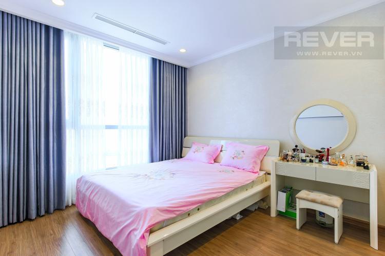 Phòng Ngủ 1 Căn hộ Vinhomes Central Park tầng cao L2, 3 phòng ngủ, nội thất đầy đủ