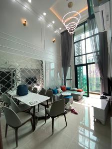 Căn hộ Feliz En Vista nội thất cao cấp đầy đủ, tầng cao view thành phố