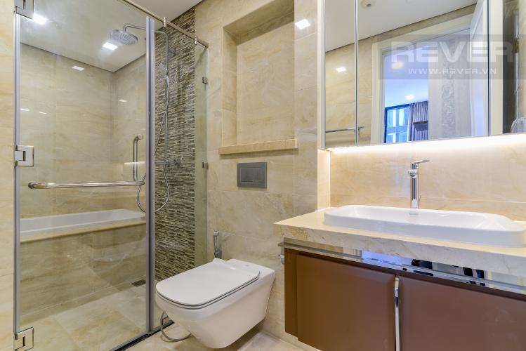 Phòng Tắm 2 Căn hộ Vinhomes Golden River tầng cao, 2PN, bàn giao đầy đủ nội thất