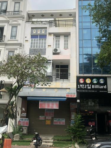 Nhà phố mặt tiền đường Cao Triều Phát rộng 12m, thuận tiện kinh doanh