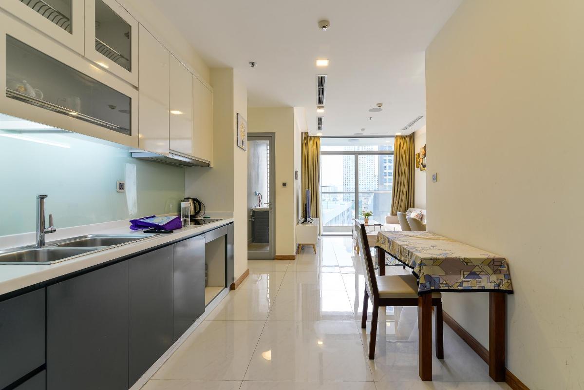 Kitchen Cho thuê căn hộ Vinhomes Central Park 2PN, tầng thấp, diện tích 75m2, đầy đủ nội thất, view nội khu