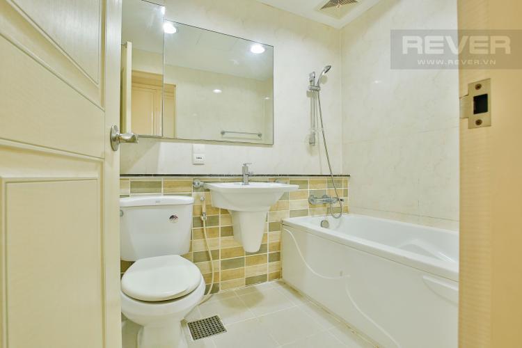 Toilet 1 Căn hộ Imperia An Phú 3 phòng ngủ tầng thấp C1 nội thất hiện đại