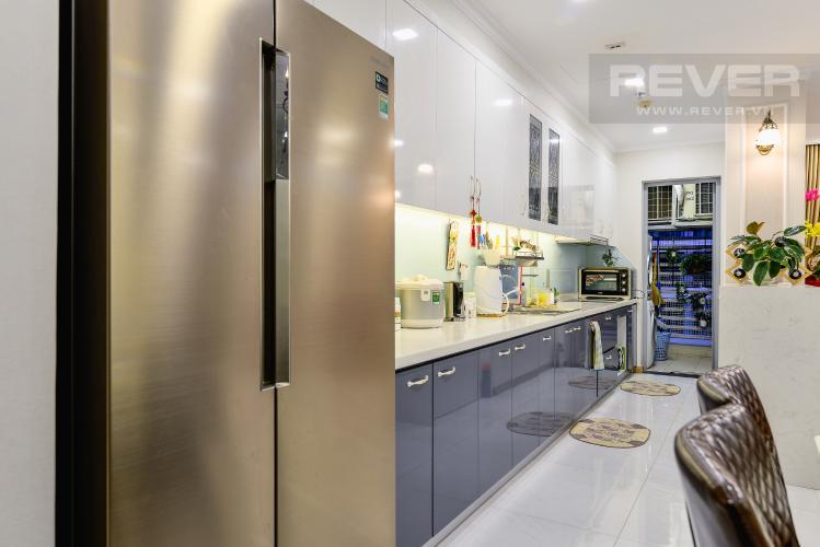 Nhà Bếp Căn hộ Vinhomes Central Park 3PN đầy đủ nội thất, view hồ bơi