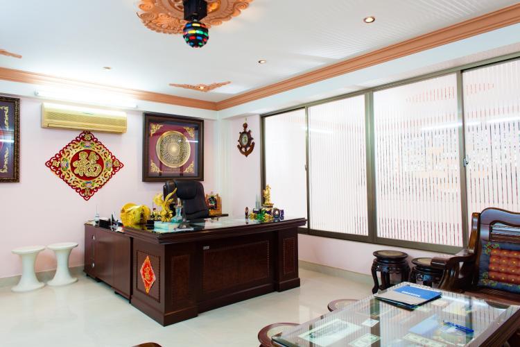 Nội thất phòng làm việc Nhà phố Nguyễn Văn Dung 4 tầng kiên cố