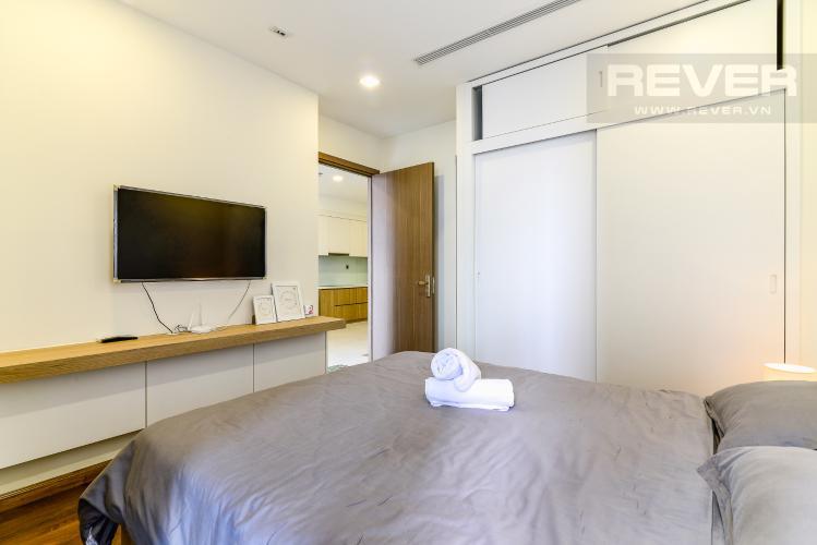 Phòng Ngủ Căn hộ Vinhomes Central Park 1 phòng ngủ tầng trung P7 view hồ bơi