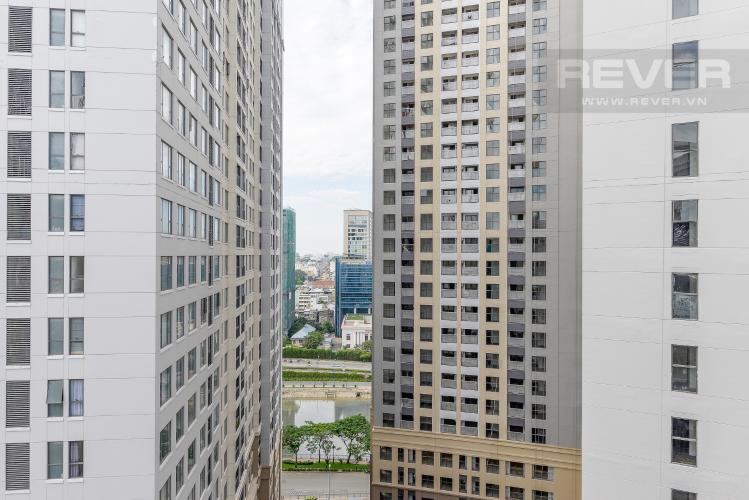 View Cho thuê căn hộ Saigon Royal 1PN, tầng cao, tháp B,  diện tích 35m2, không nội thất