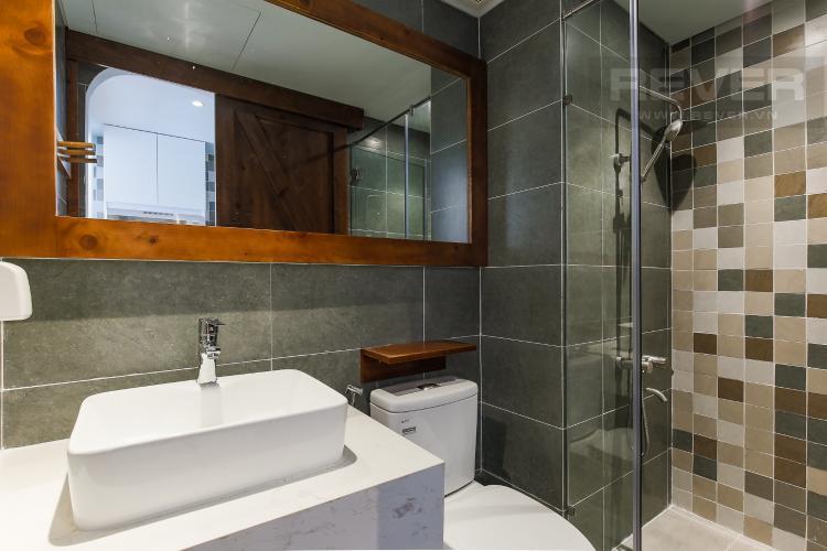 Phòng Tắm Căn hộ RiverGate Residence 1 phòng ngủ tầng trung tháp B nội thất đơn giản