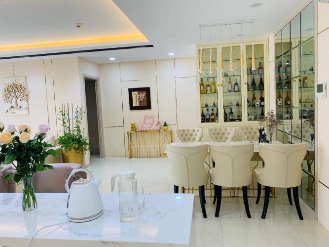 Bán căn hộ nội thất đầy đủ, view thành phố The Gold View