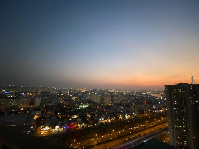 View ban công căn hộ Masteri Thảo Điền Căn hộ Masteri Thảo Điền 1 phòng ngủ, view sông thoáng mát.