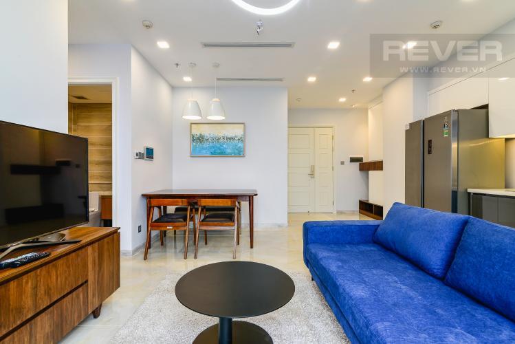 Phòng Khách Căn hộ Vinhomes Golden River tầng cao 2PN đầy đủ nội thất, có thể dọn vào ở ngay