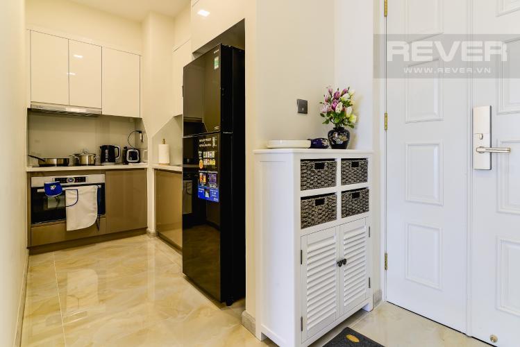 Khu Vực Bếp Cho thuê căn hộ Vinhomes Golden River tầng cao, 1PN, đầy đủ nội thất