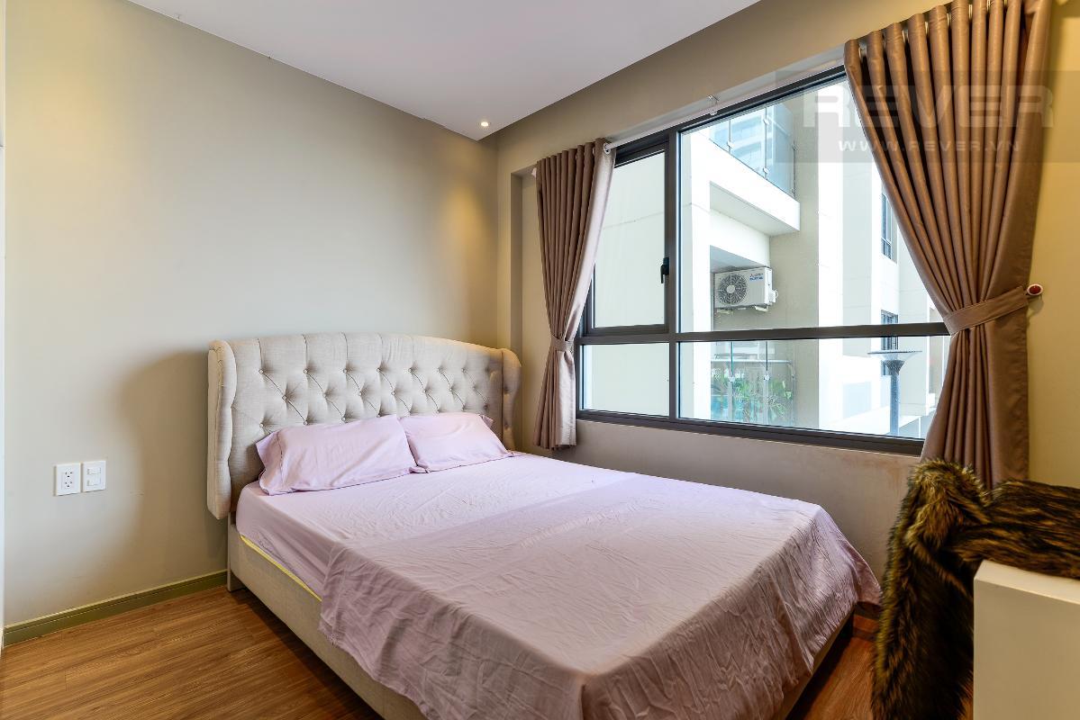 _DSC4724 Bán căn hộ The Gold View 1 phòng ngủ, diện tích 50m2, đầy đủ nội thất, view hồ bơi, hướng Tây Nam
