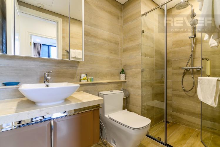 Phòng Tắm 1 Cho thuê căn hộ Vinhomes Golden River 2PN đầy đủ nội thất, view sông Sài Gòn