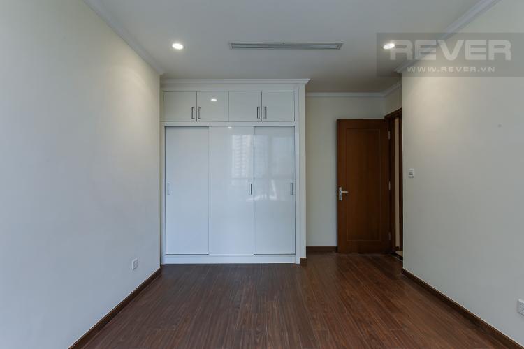 Phòng Ngủ 2 Căn hộ Vinhomes Central Park 3 phòng ngủ tầng thấp L5 view hồ bơi