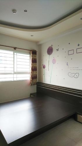 Phòng ngủ căn hộ Ehome 3 Căn hộ Ehome 3 đầy đủ nội thất tiện nghi, ban công hướng Nam.