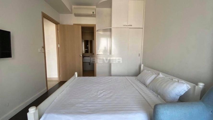 Phòng ngủ căn hộ River Gate Q.4 Căn hộ River Gate đầy đủ nội thất view thành phố thoáng mát.