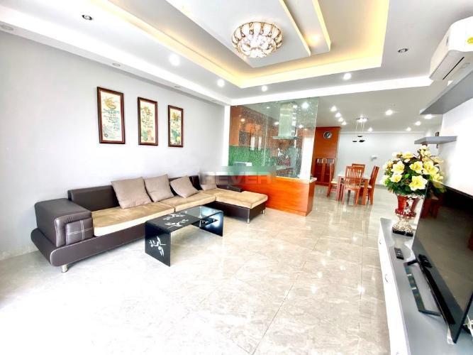 Căn hộ tầng cao Sunrise City đầy đủ nội thất, view hồ bơi.