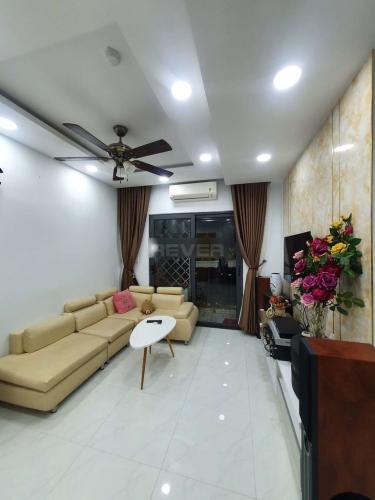 Phòng khách căn hộ Tecco Central Home, Bình Thạnh Căn hộ Tecco Central Home đầy đủ nội thất, view thành phố cực đẹp.