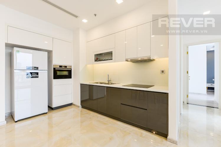 Bếp Căn hộ Vinhomes Golden River 2 phòng ngủ tầng trung A2 view sông