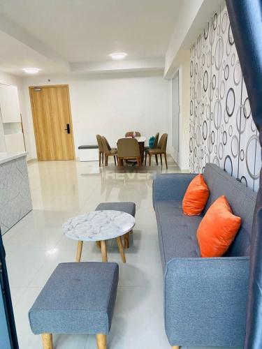 Căn hộ Celadon City nội thất cơ bản, view thành phố yên tĩnh.