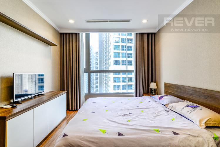 Phòng Ngủ 1 Căn hộ Vinhomes Central Park 2 phòng ngủ tầng cao L1 nội thất đầy đủ