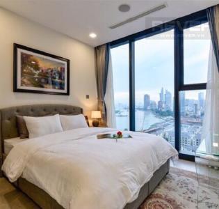 Bán căn hộ Vinhomes Golden River 2PN, diện tích 78m2, đầy đủ nội thất, view sông thoáng mát