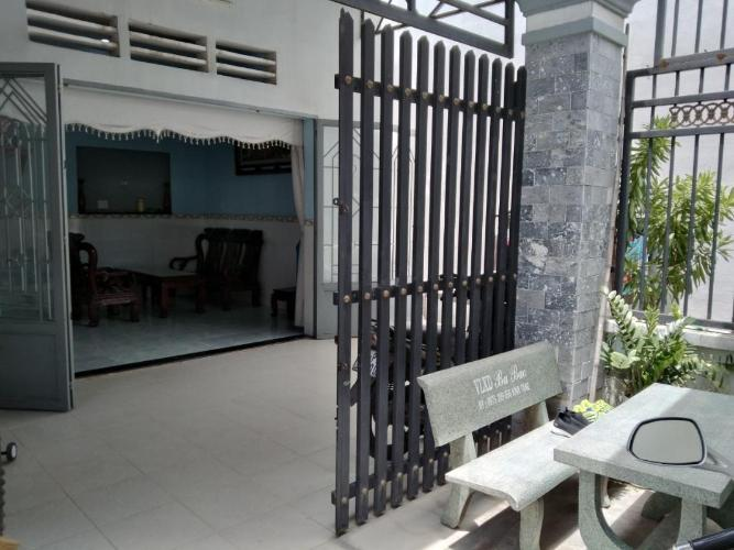 Bán nhà hẻm Đình Phong Phú, Quận 9, sổ hồng, cách Đình Phong Phú khoảng 300m