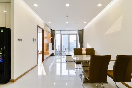 Căn hộ Vinhomes Central Park 2 phòng ngủ tầng trung P7 full nội thất